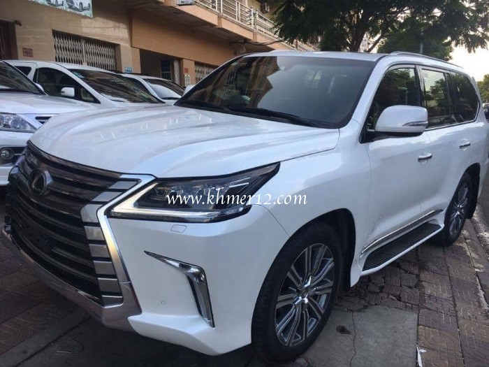 Lexus LX570-Year 2017 For RENT