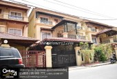 Twin villa for sale and rent at New World Chomka Doung
